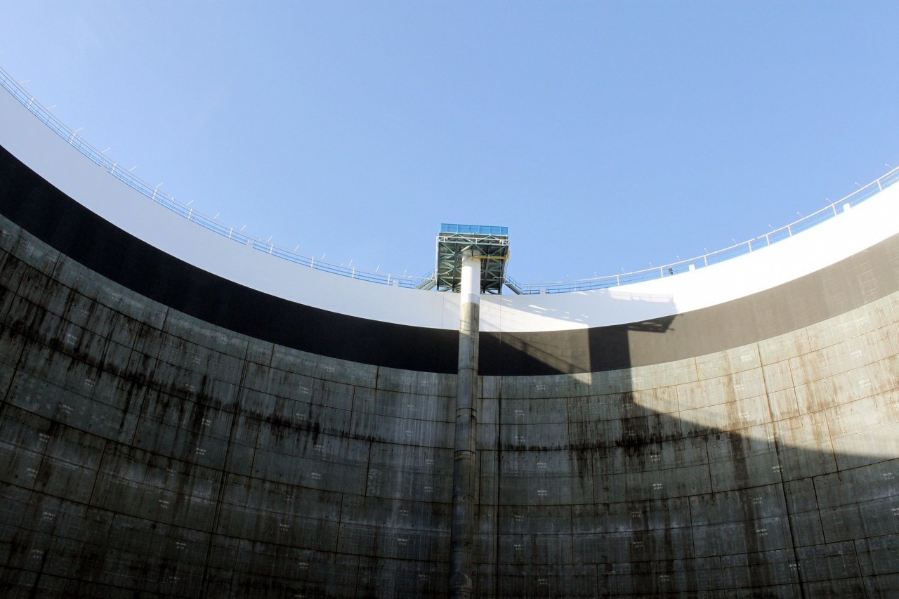 写真:秋田国家石油備蓄基地2